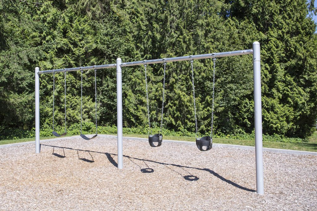 2 Bay 8ft Single Post Swing | Henderson Recreation