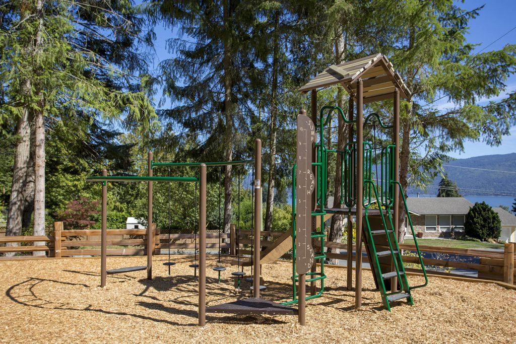 Playground Structure Model B302964R0 | Henderson Recreation