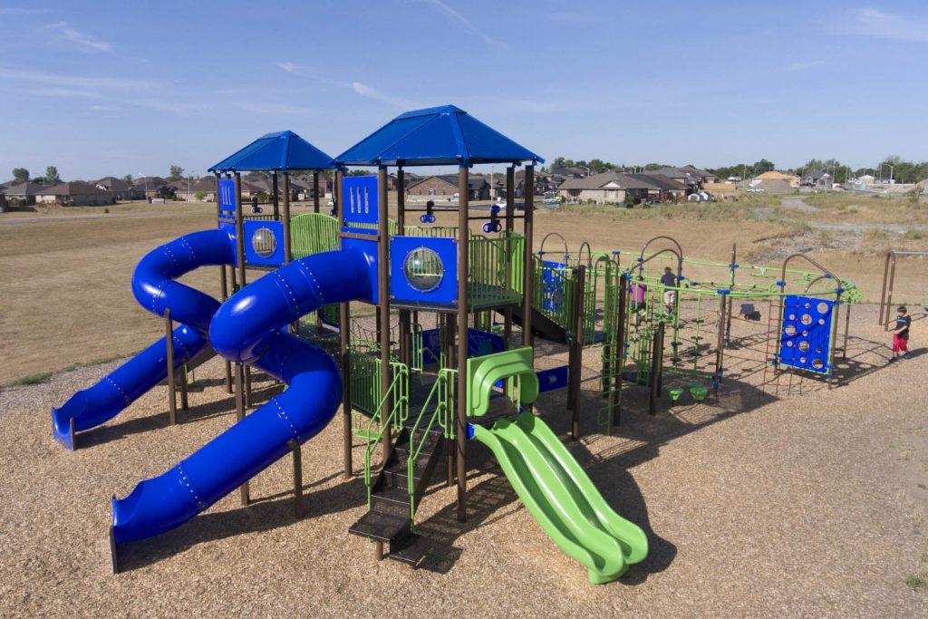 Playground Structure Model B500906R4 | Henderson Recreation