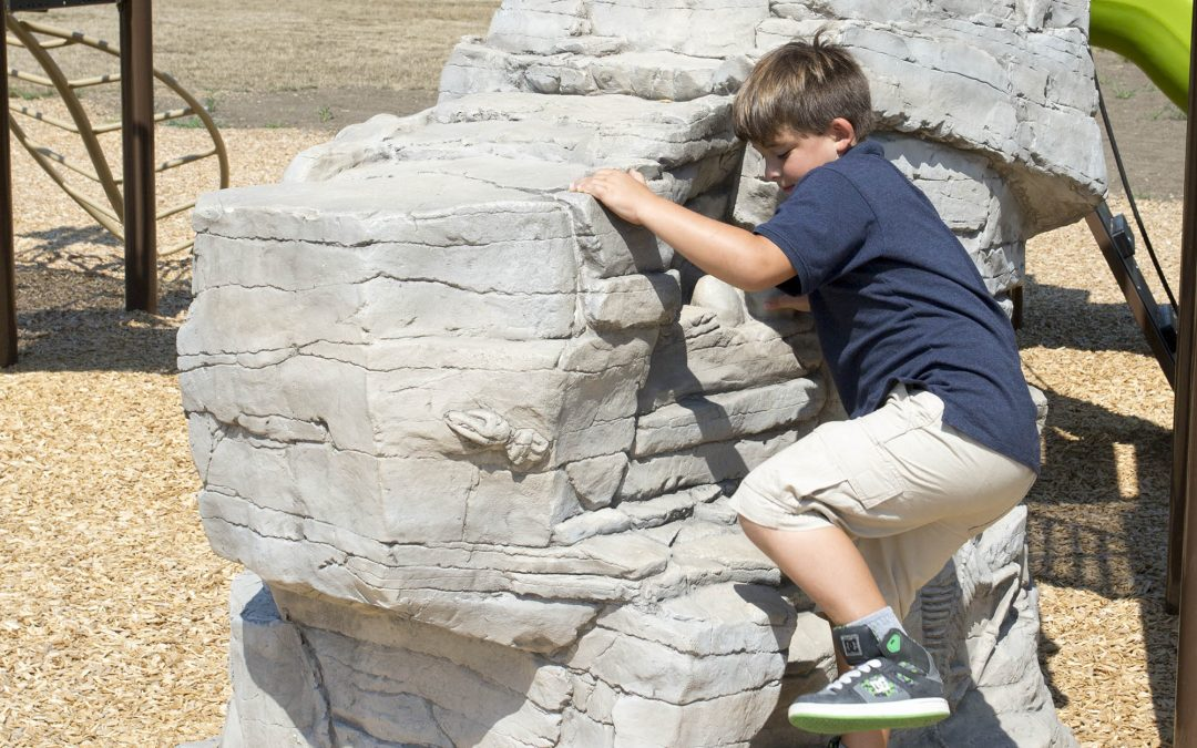 Why is natural playground equipment the right choice for children?