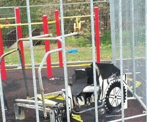 playground equipment maintenance   Henderson Recreation