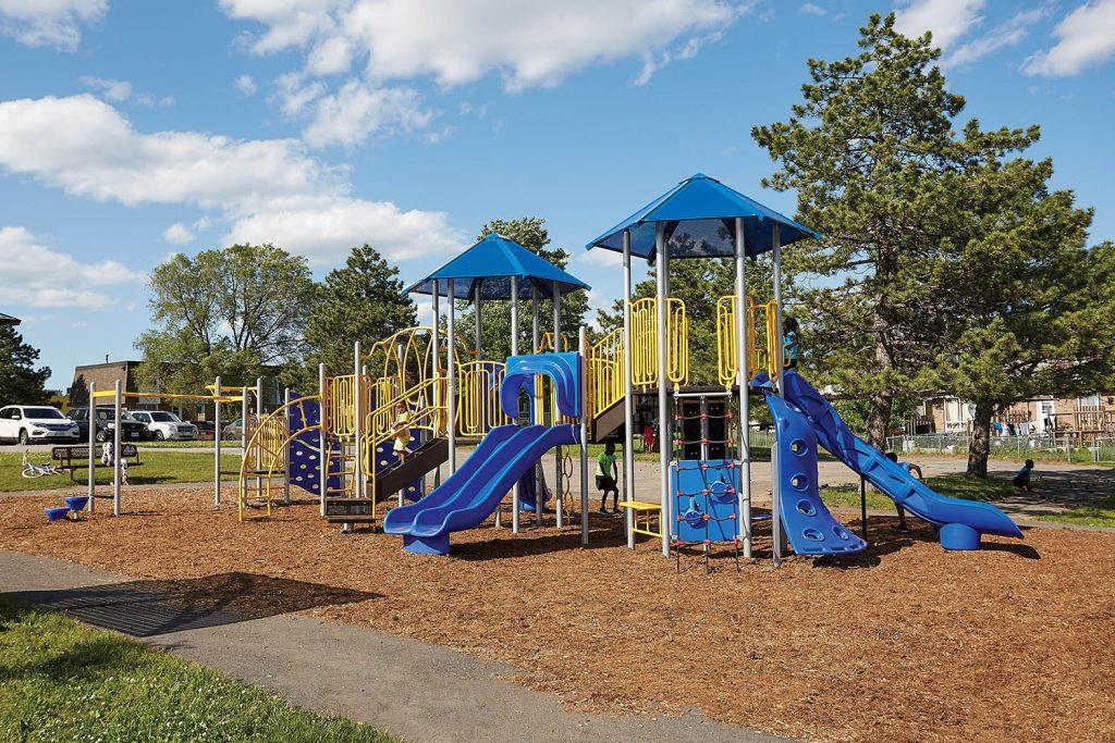 B305260R0 Playground